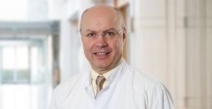 """Prof. Dr. Serdar Turhal: """"Diyabet Riskini Azaltmak, Kanser Riskini De Azaltıyor"""""""