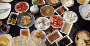 Ramazan Nedeniyle Yavaşlayan Metabolizmanızı Hızlandıracak İpuçları