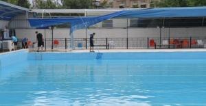 Çukurova'da Havuzlara Hijyen Seferberliği