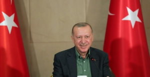 """Cumhurbaşkanı Erdoğan, Çevrim İçi """"Babalar Günü"""" Etkinliğinde Gençlerle Bir Araya Geldi"""