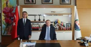 Cumhurbaşkanı Erdoğan, Gölbaşı Belediyesi'ni Ziyaret Etti