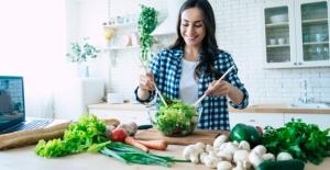 Salatadaki Gizli Tehlikelere Karşı 9 Önemli Uyarı!