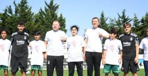 """Beşiktaşlı Futbolcular Da """"Telafide Ben De Varım"""" Dedi"""