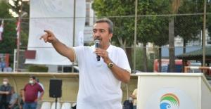 Çukurova Belediye Başkanı Soner Çetin, Yaz Futbol Okulunun Açılışını Yaptı