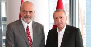 Cumhurbaşkanı Erdoğan, Arnavutluk Başbakanı Rama İle Bir Araya Geldi