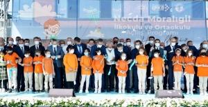 Bakan Özer, İstanbul'da Okul Açılışı Yaptı