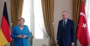 Cumhurbaşkanı Erdoğan, Almanya Şansölyesi Merkel İle Görüştü